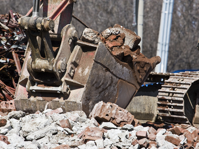 Picking up of debris on a construction site